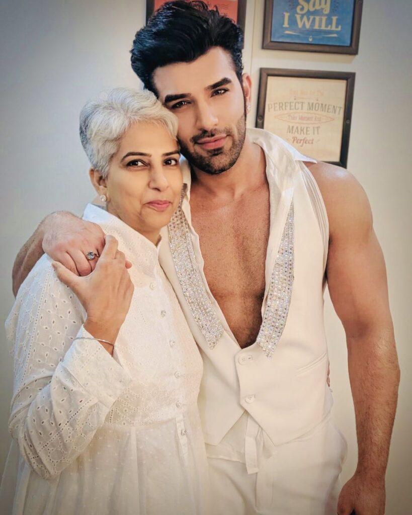 Paras Chhabra Mother