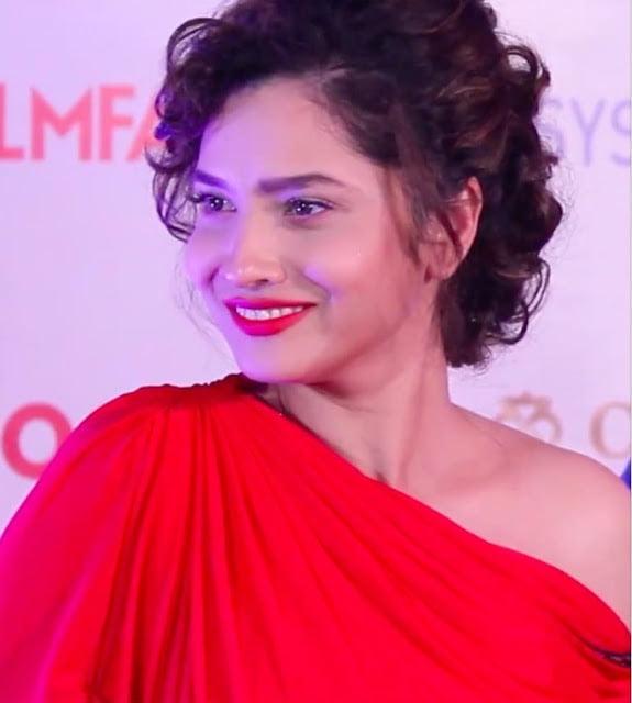 Actress Ankita Lokhande biography, age, height