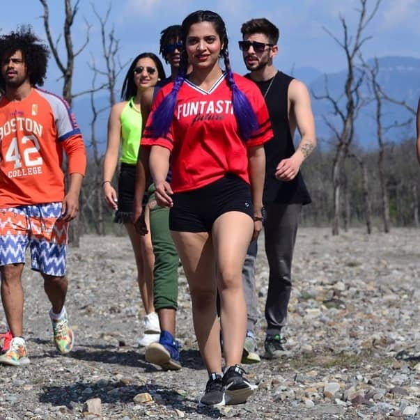 Pratibha Singh roadies height age and body