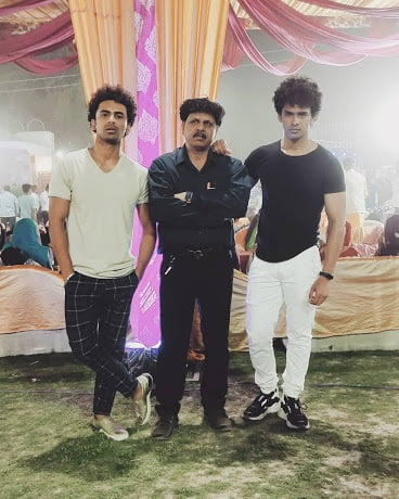 akash verma father and brother
