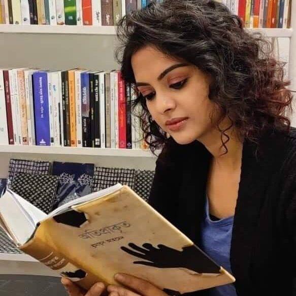 bengali actress Solanki Roy