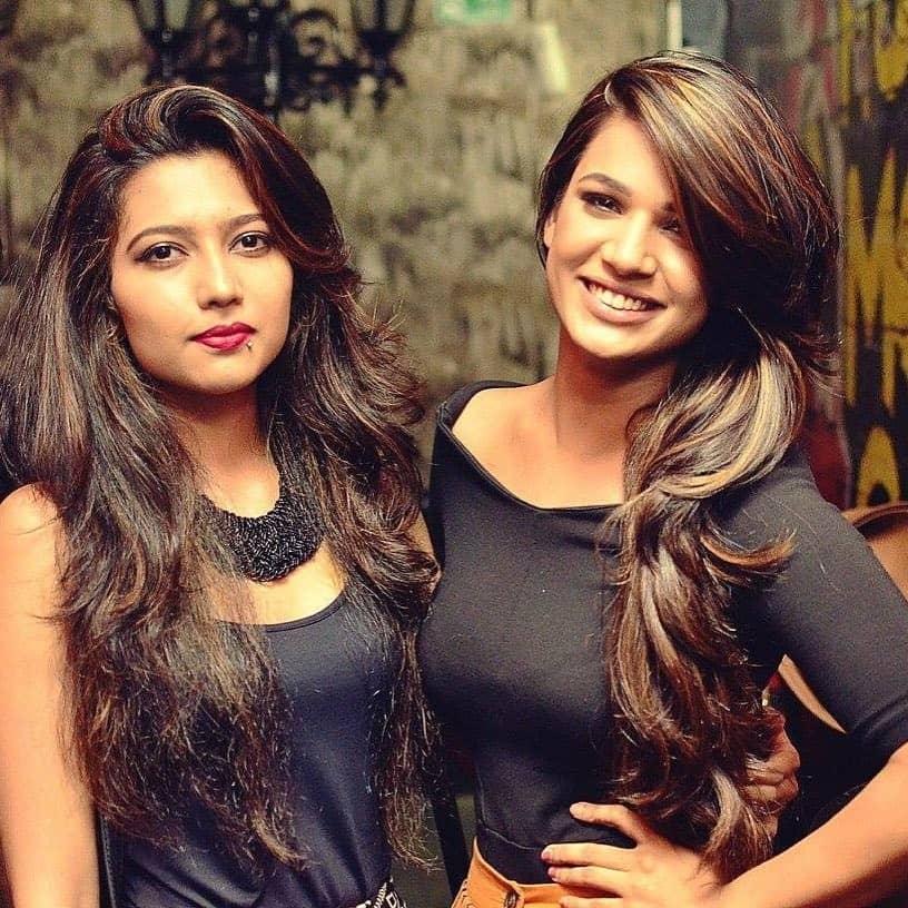 Naina Singh and her Sister Anshula Singh