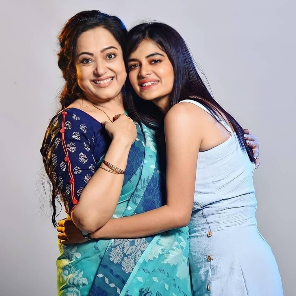 Cheeni Movie cast Aparajita Adya