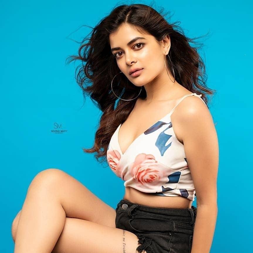 Cheeni movie actress Madhumita Sarcar
