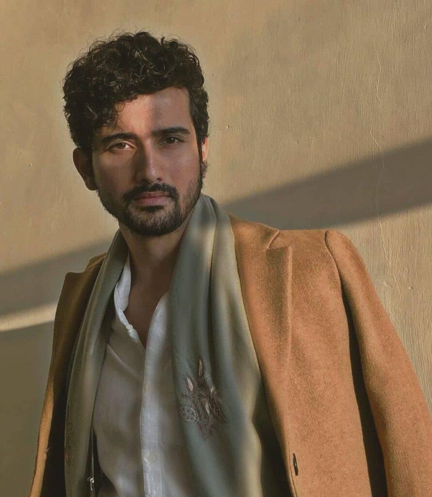 Paurashpur Web Series cast Anantvijay Joshi
