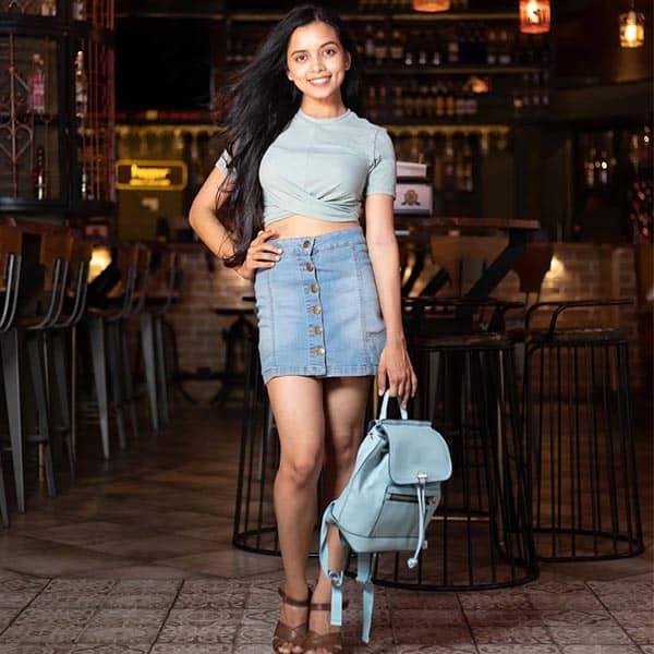 actress Megha Ray hight weight body