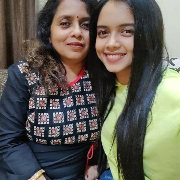 megha ray and her mother